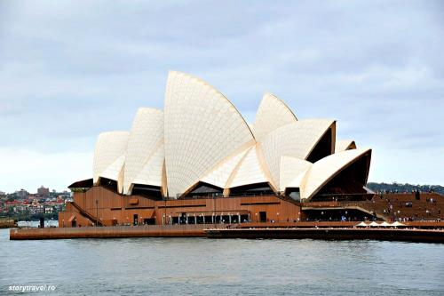 Sydney 19
