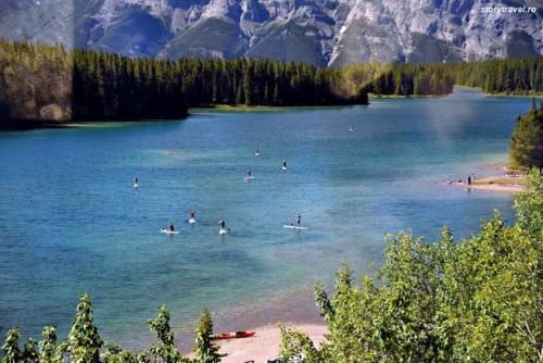 banff lake 22