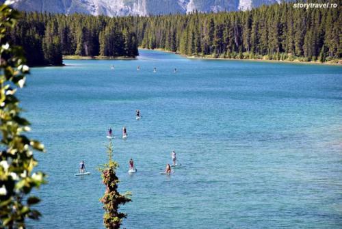 banff lake 24